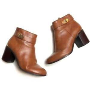 Topshop turnlock faux leather ankle boots